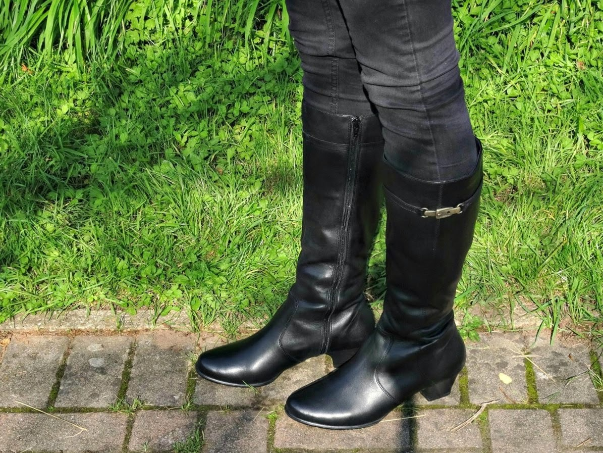 Black Leather Boots Jones Bootmaker Outfit Post