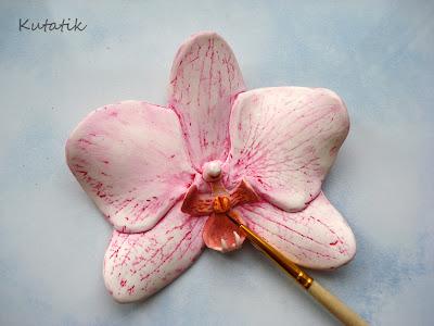 Tutoriel comment faire une orchid e en fimo le blog de miss kawaii - Comment faire de la peinture acrylique fluide ...
