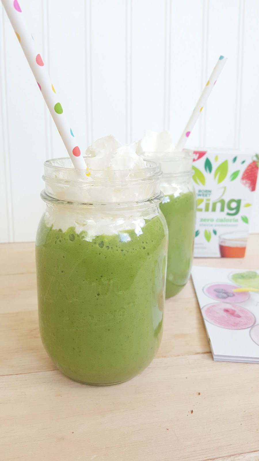 Ama-Zing Iced Blended Latte & Super Green with a Zing Smoothie