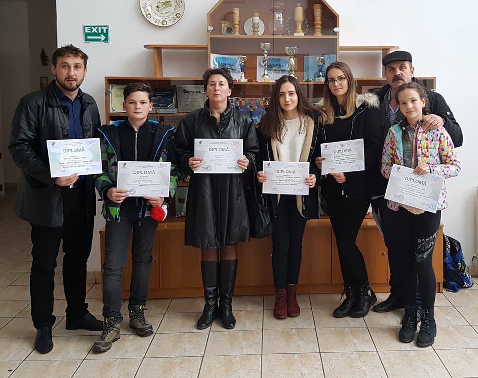 Dintre elevii si profesorii premiati de ISJ Harghita pentru rezultatele scolare in 2016-2017