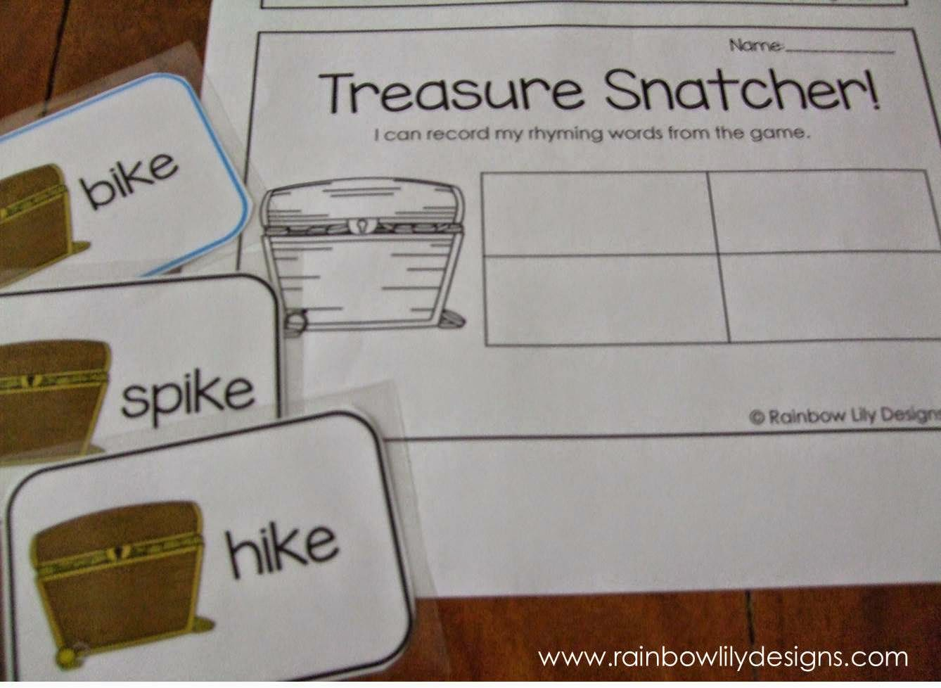 Pirate themed rhyming game and worksheets #education #pirates #RainbowLilyDesigns