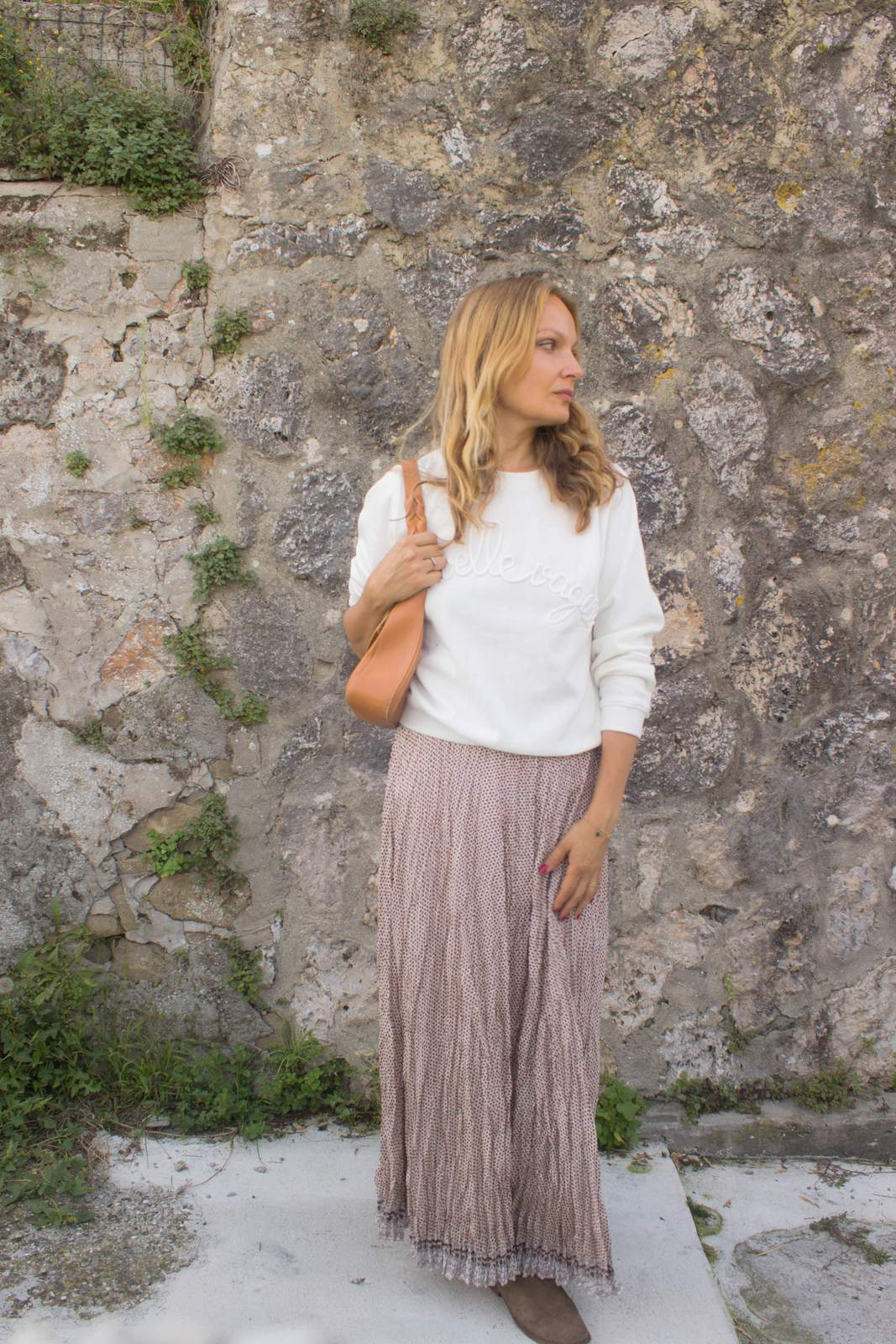 ways to wear your maxi skirt