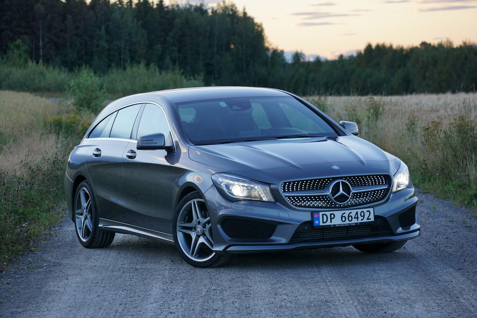 test mercedes cla 180 shooting brake bil og motorbloggen. Black Bedroom Furniture Sets. Home Design Ideas