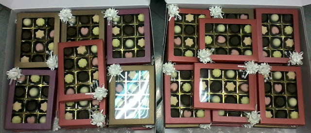 chocolate praline 12pcs door gift