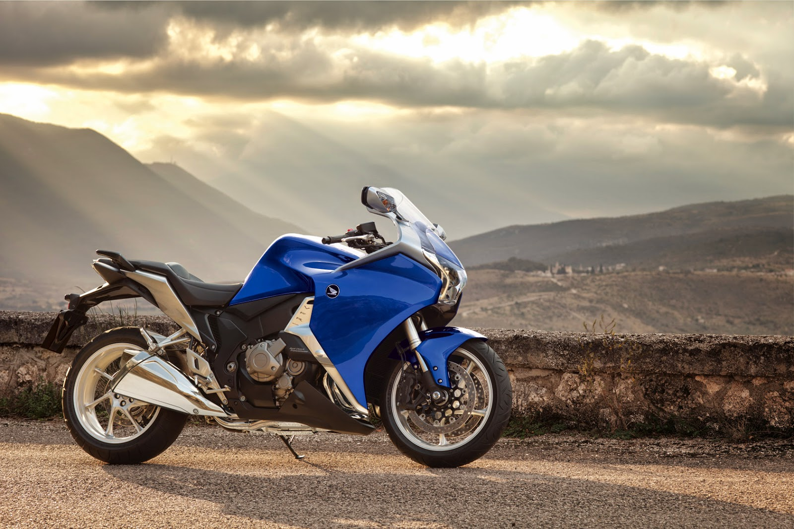 Honda VFR1200F New Motorcycles