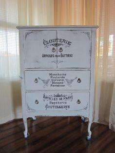 Arredamento stile shabby chic arredare interni ed esterni for Scritte vintage