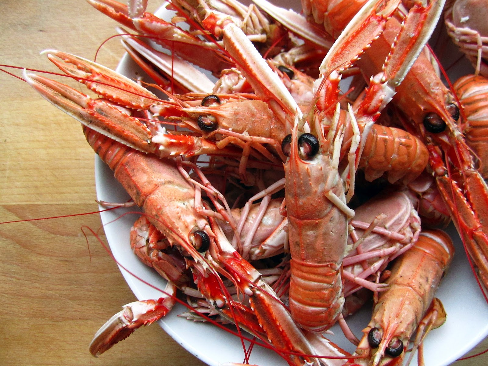 Langoustine with Homemade Garlic Mayonnaise | The Grazer