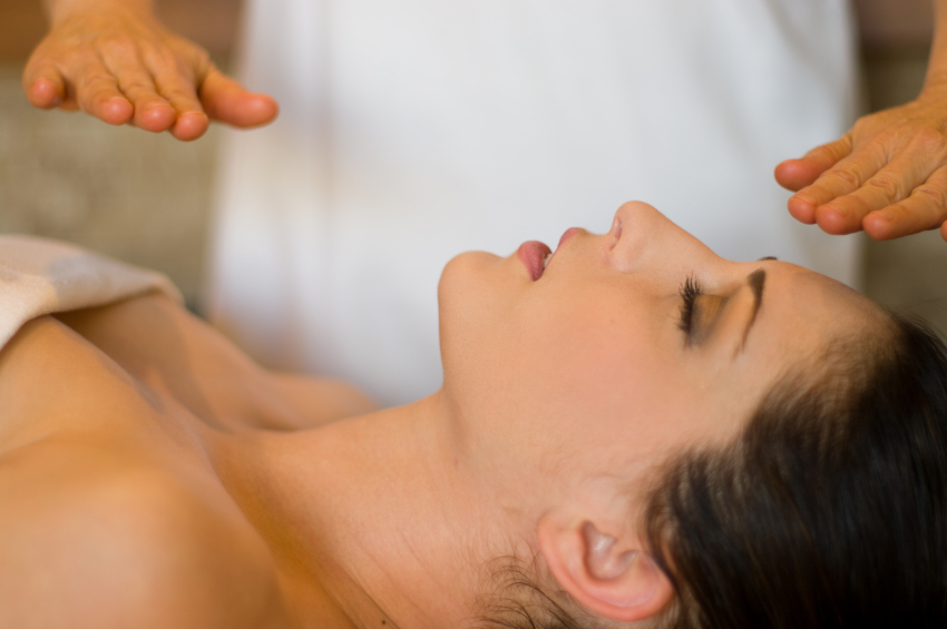 therapeutic massage touch healing