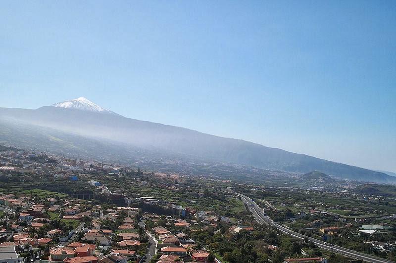 Vista del Valle de La Orotava en Tenerife, cuya fama fue muy importante en los inicios del turismo en Canarias.