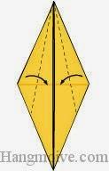 Bước 12: Gấp chéo bốn cạnh ở hai mặt trước và sau tờ giấy vào trong.