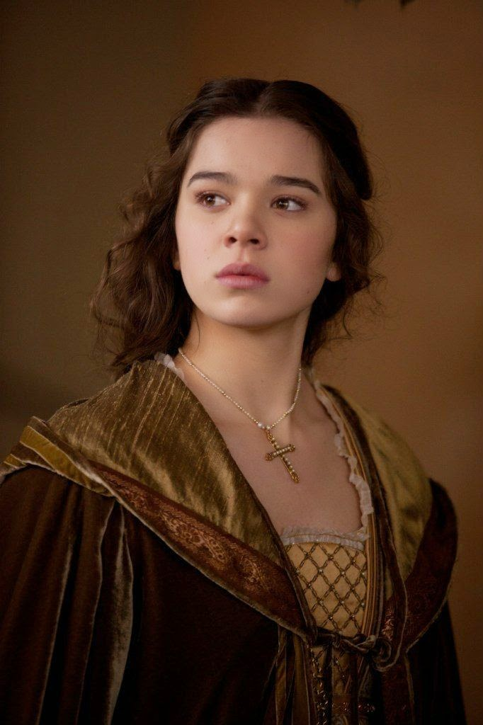 Hailee Steinfeld was a lovely Juliet too, but... Iwas not too fond of ...