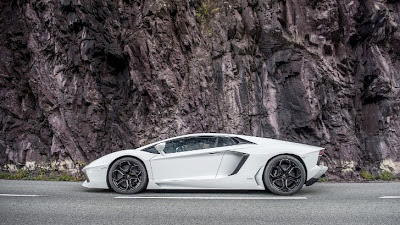 Lamborghini Aventador LP720-4 to Debut in Geneva