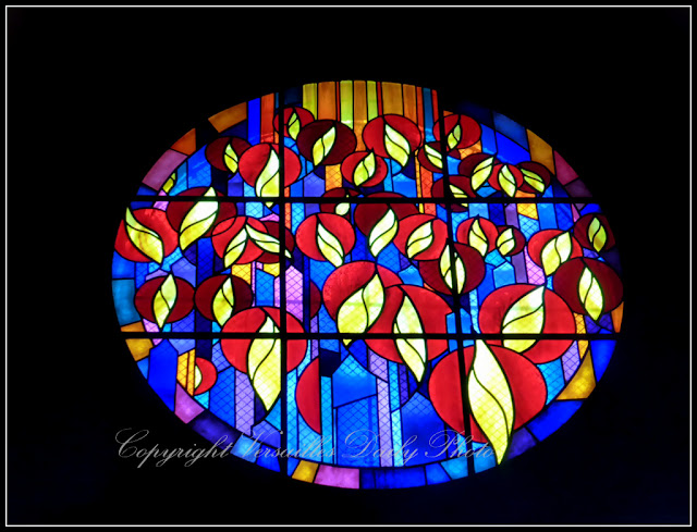 Vitrail Stained Glass Sainte-Bernadette Versailles