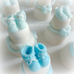 mini wedding cake battesimo