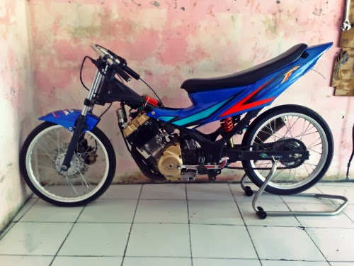 Kumpulan Gambar Foto Motor Drag Satria F150   Mobil Motor Terbaru
