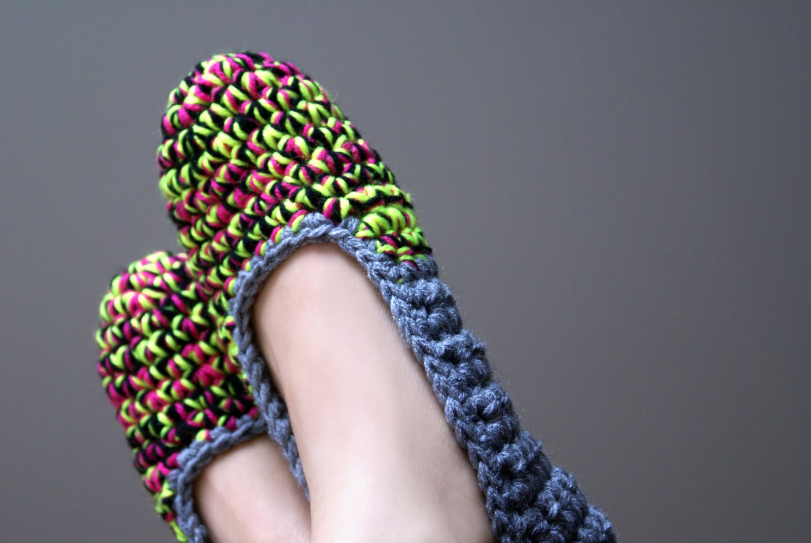 white noise maker: Bright New Crochet Slippers