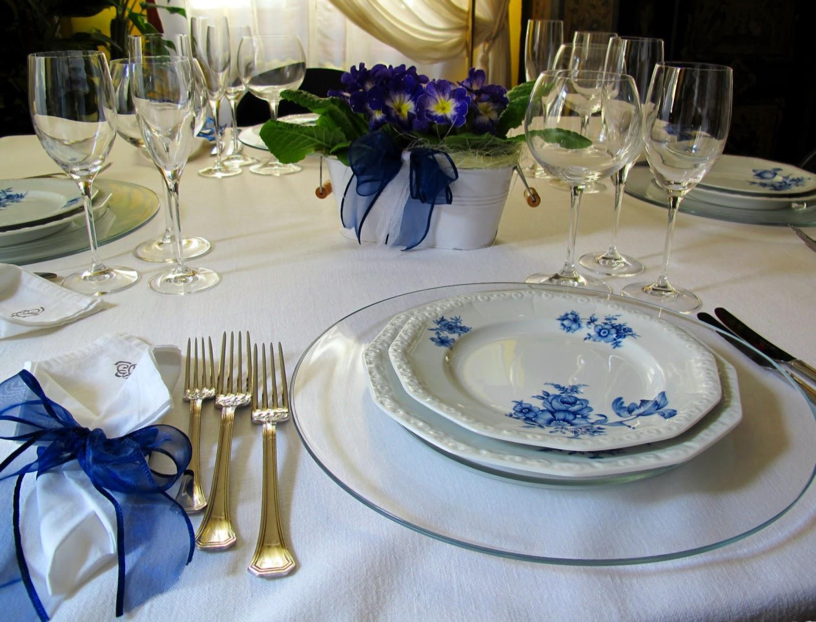 Tentazioni di gusto pranzo di pasqua 2013 for Tavola sala da pranzo
