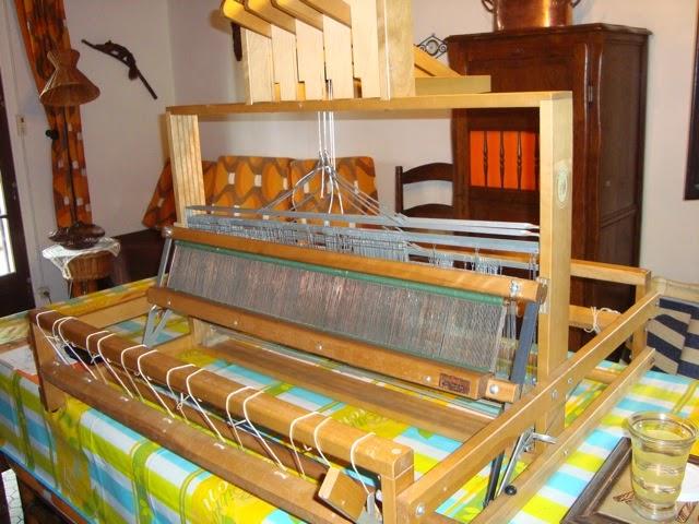 faire et fil m tier tisser de table vendre. Black Bedroom Furniture Sets. Home Design Ideas