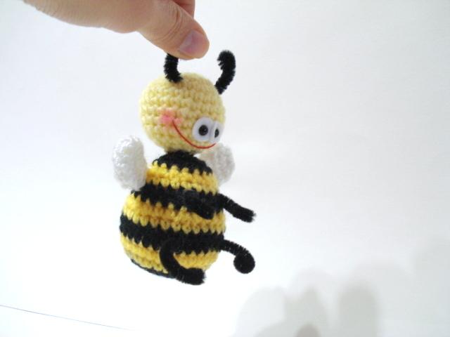 AllSoCute Amigurumis: Amigurumi Bee Pattern, Crochet Bee ...