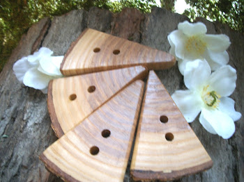 Triangular Oak Buttons
