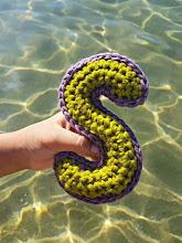 """Letra """"S"""" a crochet"""