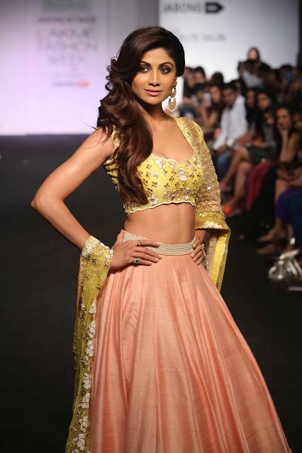 Shilpa Shetty for Divya Reddy