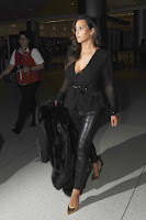 Kim Kardashian super hot in black outfit