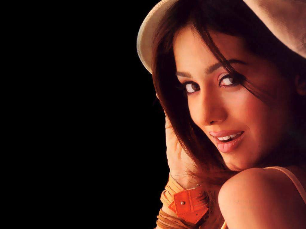 Amrita rao hot and sexy wallpapers and images