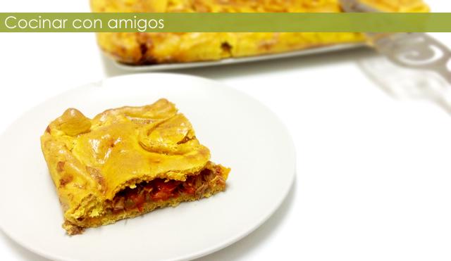 http://cocinarconamigos.blogspot.com.es/2013/09/empanada-de-atun.html