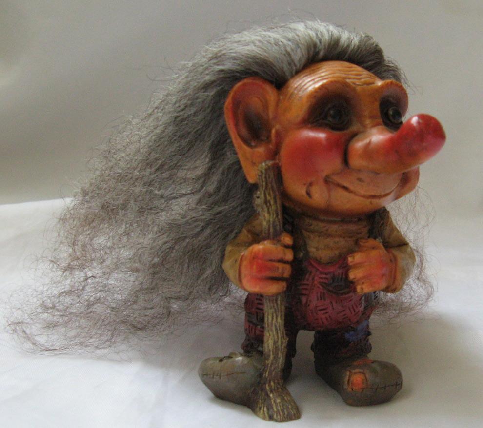 Good Closet: Vintage Troll Doll