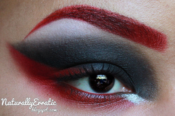 RED EYEBROWS, GOTHIC MAKEUP