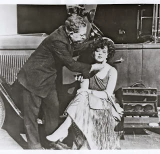 Clara Bow gets her makeup done by Max Factor c.1928
