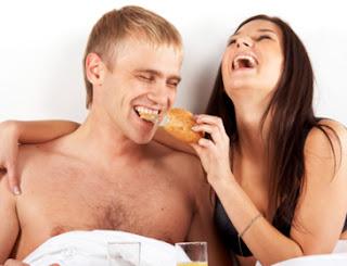 10 Makanan yang membunuh gairah seksual