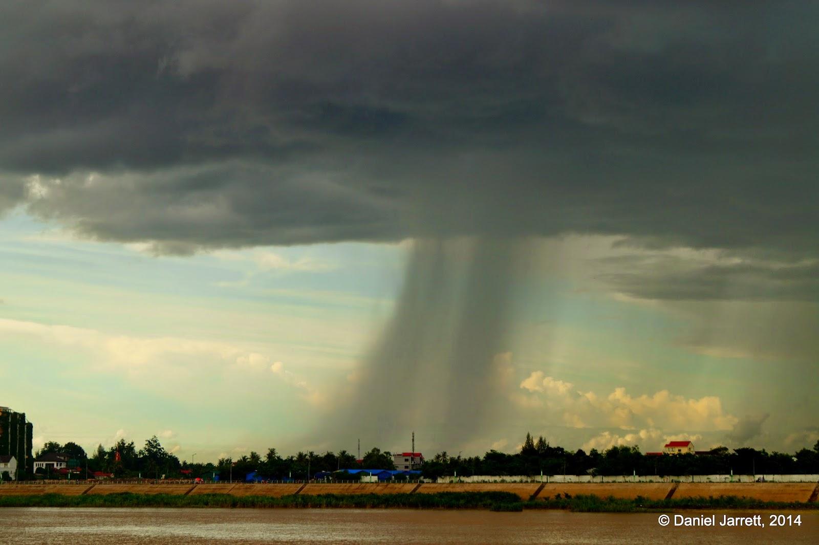 Rain closing in on Phnom Penh