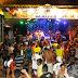Blocos abrem desfile do Carnaval Popular de Maués