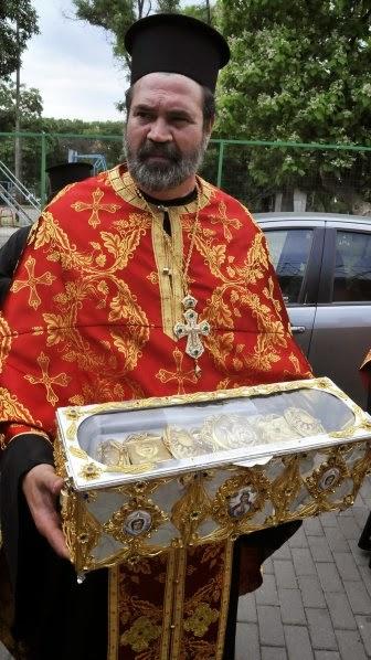 Η θαυματουργή γονοποιούσα ζώνη της Αγίας Νάπας στην Κύπρο http://leipsanothiki.blogspot.be/