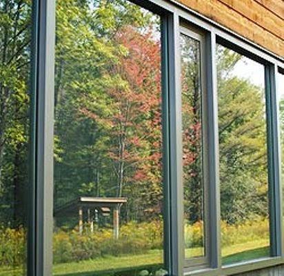 refleksi-kaca-jendela