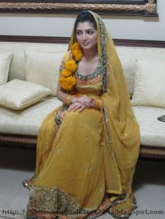 Yellow-Dresses-for-mehndi