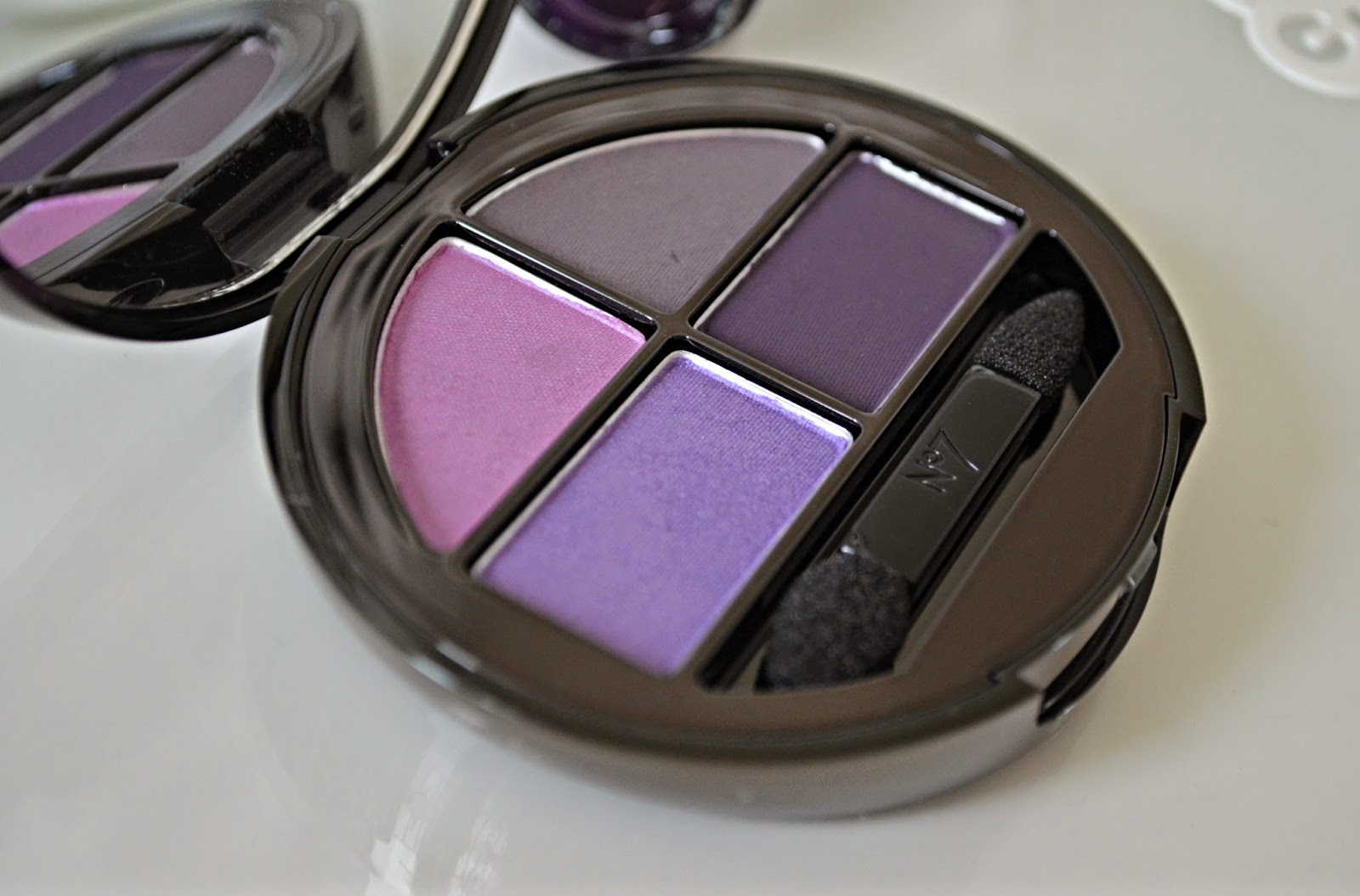 No7 Stay Perfect Eyeshadow Quad in Purple Haze