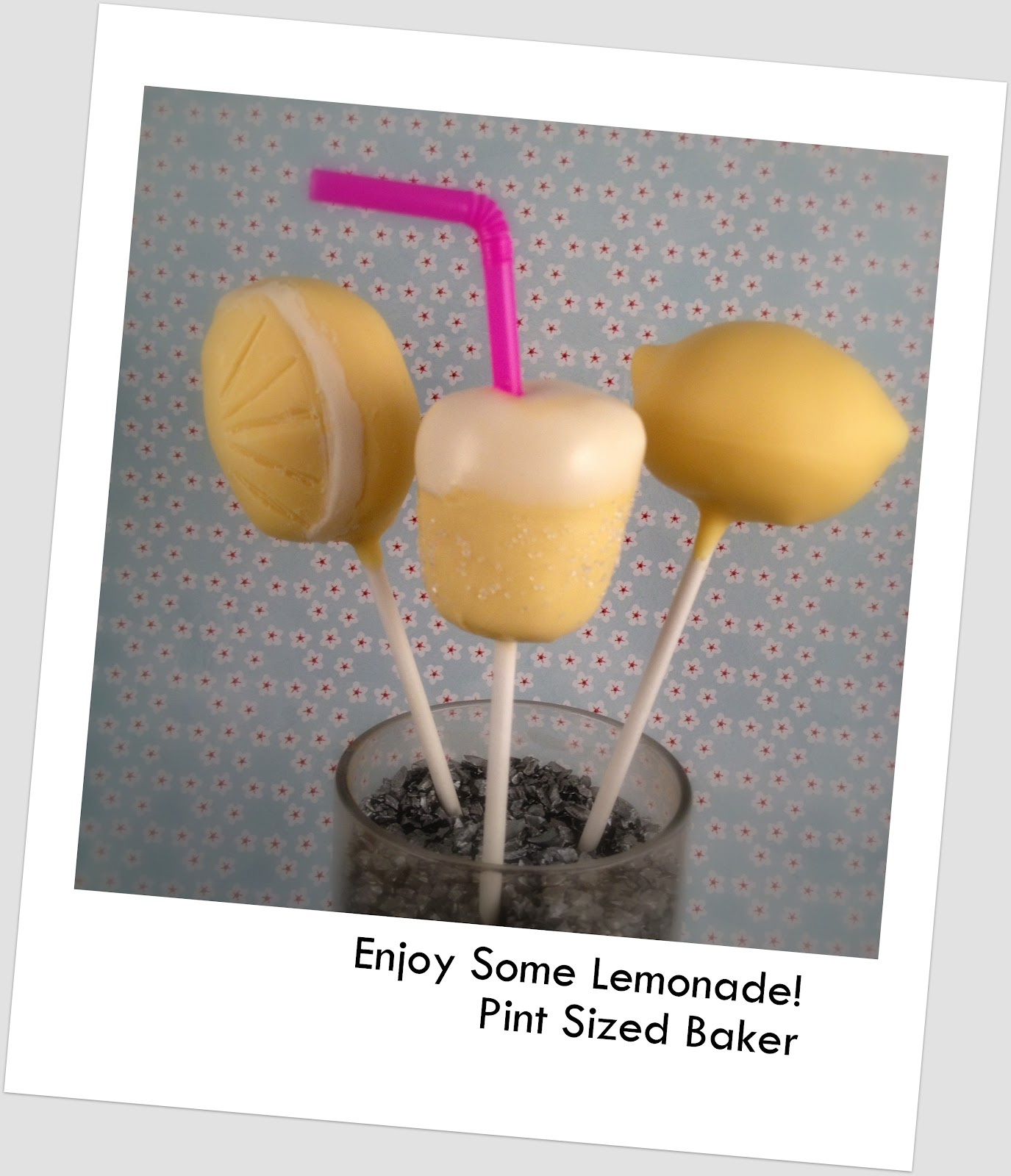 lemon-cookie-cake-pops