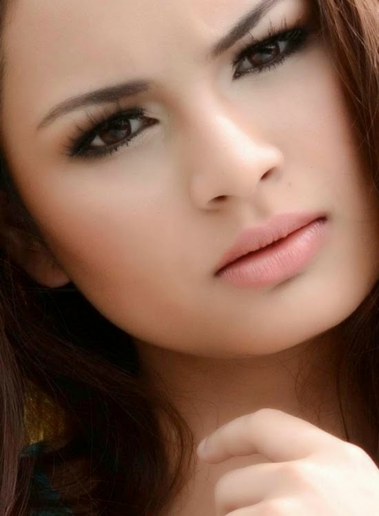 top 10 artis wanita paling cantik di malaysia   berita