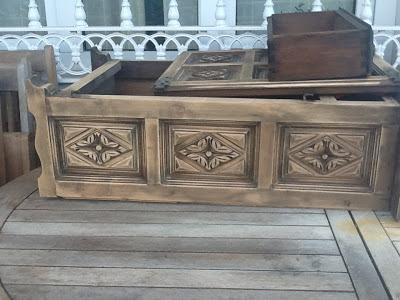 Bricolaje con un mueble castellano antiguo