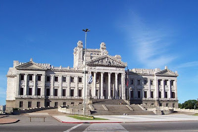 Palacio Legislativo, Dïa del Patrimonio Uruguay, Que ver en Montevideo, Que visitar en Montevideo, que hay para hacer en Montevideo, Lugares turisticos de Montevideo, Biblioteca del Palacio Legislativo, Salón de los Pasos Perdidos del Palacio Legislativo,