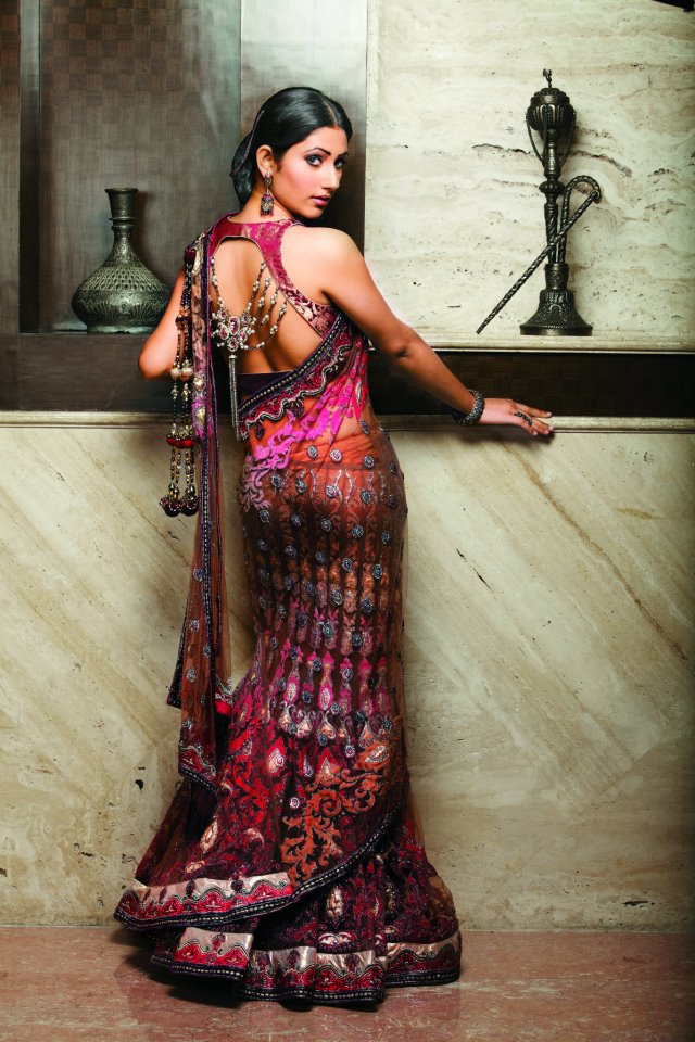 Pankhuri bridal lehnga New Images