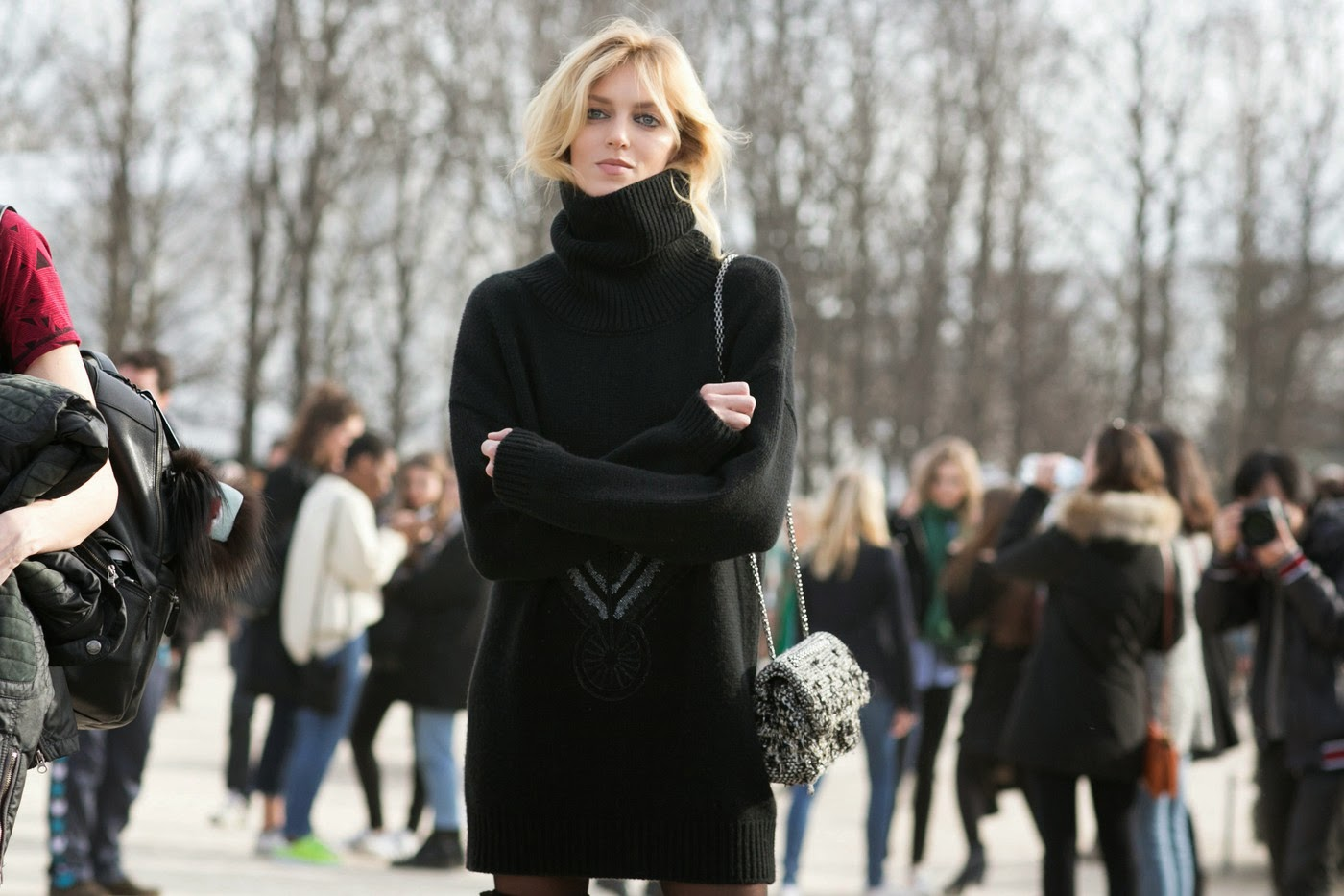 a4beb05397 Model Street Style  Anja Rubik s Sweater Dress - The Front Row View