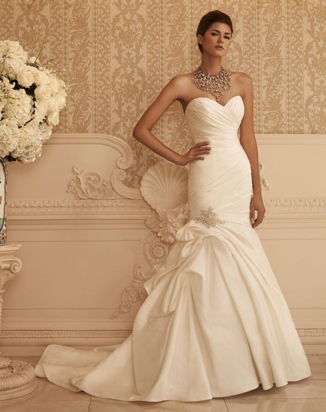 جمالك فاق الوصف sexy-wedding-dresses