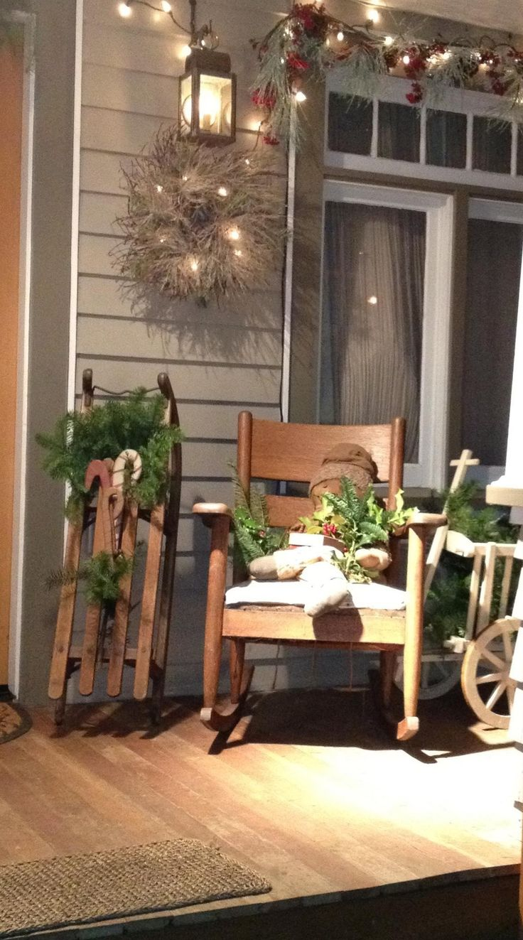 Country vintage holiday decorating ideas for your front for Outdoor front porch decor