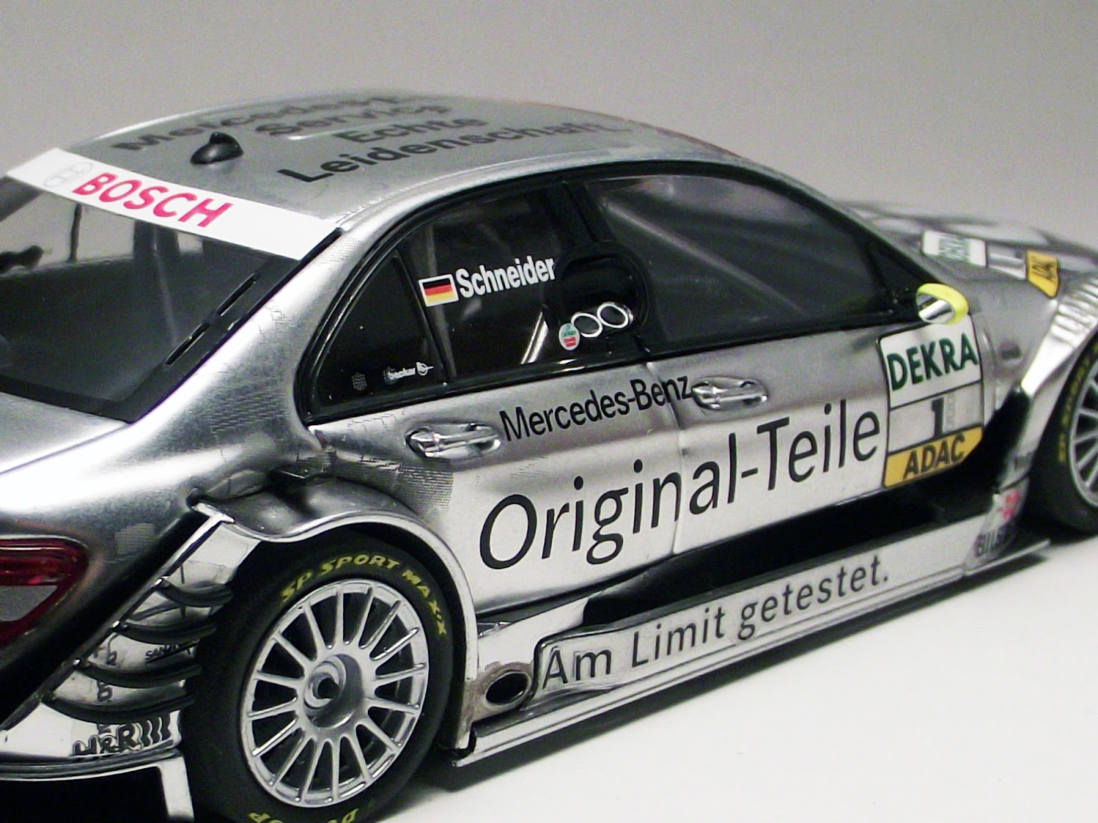diecast 1 43 mercedes benz c klasse amg dtm original. Black Bedroom Furniture Sets. Home Design Ideas