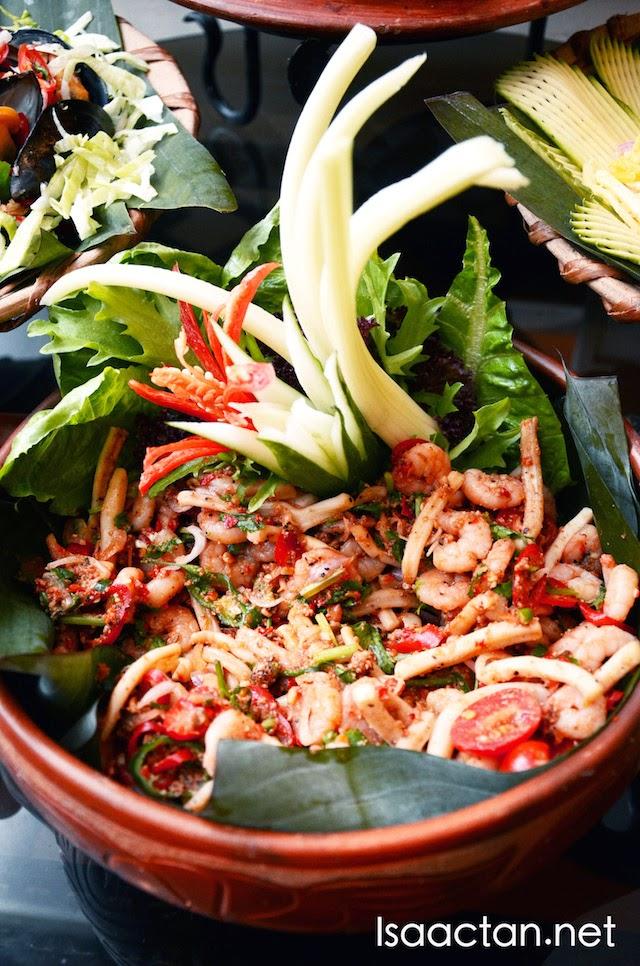 More seafood kerabu