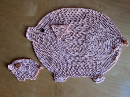 Aplicaciones de cerditos de crochet